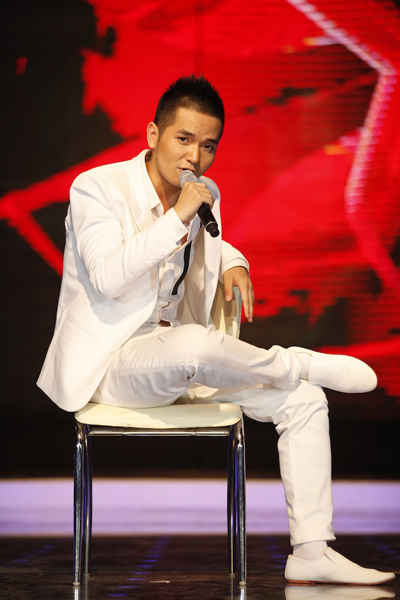 Hồng Phước là người hát mở màn trong đêm gala 3, cũng bị đánh giá là không thành công nhất trong đêm.