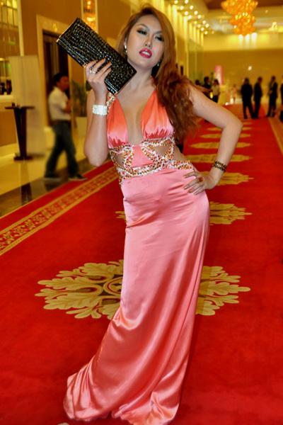 Phi Thanh Vân luôn là tâm điểm trong các sự kiện mà cô tham gia.