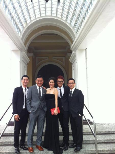 Đám cưới Hà Tăng - Louis Nguyễn diễn ra tại một nhà thờ lớn ở thủ đô Manila.