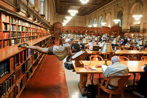 dancers-among-us-in-ny-public-library-mi