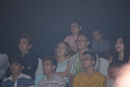 Đêm qua, trong đêm công bố kết quả của đội Đàm Vĩnh Hưng và Hồ Ngọc Hà, cô đứng ngay sau Thiều Bảo Trang, thí sinh gắn với scandal từng khiến cô nói lời chia tay chương trình.