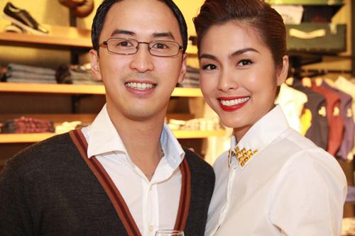 Tối 16/11, Louis Nguyễn và Tăng Thanh Hà lần đầu đi dự event kể từ đám cưới hôm 11/11.