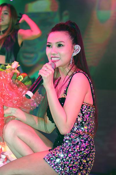 Thu Thủy 'khoe', cô được khán giả Đà Nẵng rất yêu mến.