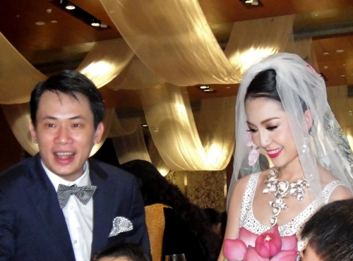 Bức ảnh hiếm hoi trong đám cưới Linh Nga.