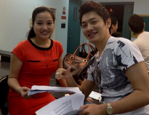 Năm nay, Hồng Phương và giải nhất 2008 Tuấn Anh sẽ dẫn chương trình vòng chung kết, với đêm thi đầu tiên vào 20h30 ngày 1/12 tại nhà hát HTV.