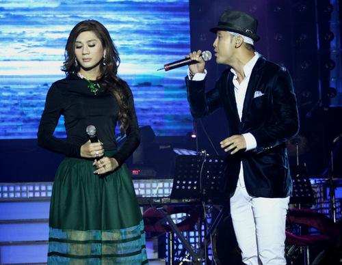 Ưng Hoàng Phúc xuất hiện trong buổi họp báo và song ca với Khanh Chi Lâm một liên khúc nhạc trữ tình. Cả hai sắp phát hành chung một album thuộc thể loại này trong thời gian tới.