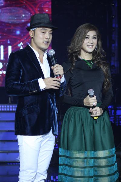 Ưng Hoàng Phúc ưu ái gọi Khanh Chi Lâm là 'cô công chúa'.