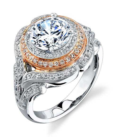 1. Nhẫn The Sun and the Moon: Nhẫn cưới kết hợp cả vàng màu cổ điển và bạch kim, trong đó, điểm nhấn chính là viên kim cương lớn.