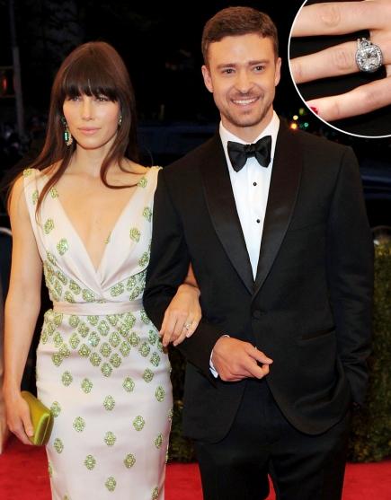Cô dâu Jessica Biel của ca sĩ điển trai Justin Timberlake nhận được chiếc nhẫn đính hôn hoàng tráng với thiết kế tinh tế.