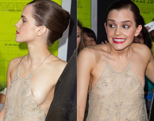 Emma Watson cũng ngại ngùng vì mặc chiếc áo yếm mỏng manh tới dự lễ ra mắt phim.