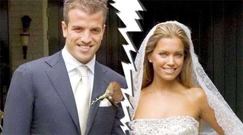 Việc vợ chồng Van der Vaart bất ngờ kéo nhau ra tòa ly dị khiến các fan bị sốc.