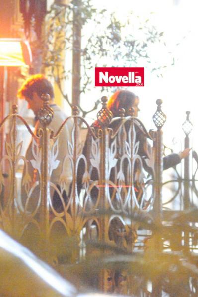 Tờ Novella tại italy vừa 'săn' được ảnh Pato và Barbara cùng bước vào một nhà hàng tại Milan.