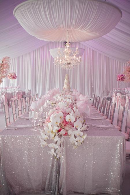 Phong cách đám cưới cầu kỳ được ưa chuộng
