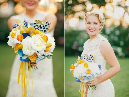 Hoa cưới của cô dâu màu vàng...