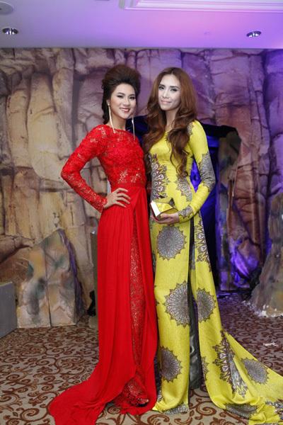 Người mẫu Kim Dung và người mẫu Hoàng Yến lộng lẫy