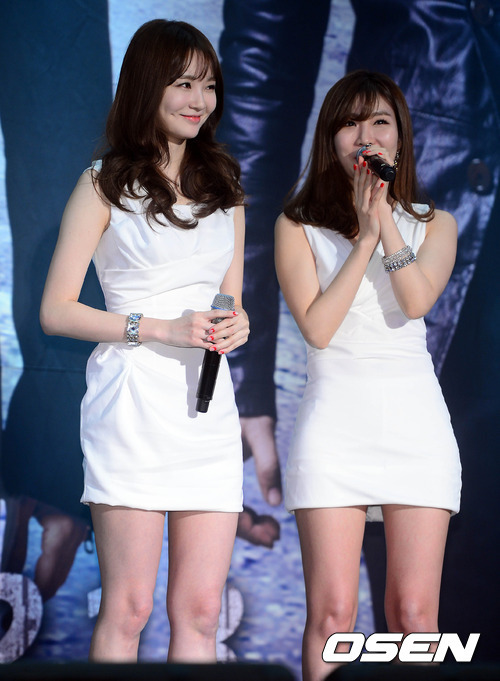 Hai ca sĩ hát ca khúc chủ đề cho phim, nhóm Davichi cũng xuất hiện trong buổi họp báo. Phim ra mắt khán giả .