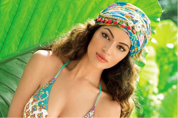 Đại diện Nepal tại Miss World - Shristi Shrestha.
