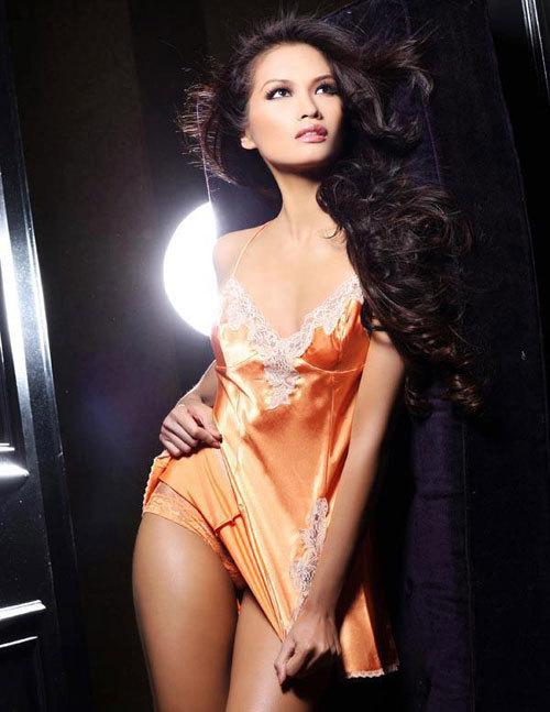 Đại diện Philippines tại Miss Universe - Janine Marie Raymundo Tugonon.