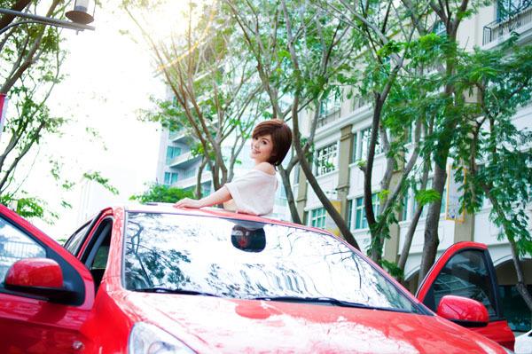Hiện, Tố Như chủ yếu tập trung vào công việc kinh doanh, thỉnh thoảng đi biểu diễn trong những chương trình của các bầu show thân quen. Cô dự định thực hiện một số MV thật hay trong năm 2013 dành tặng bạn bè và các fan thân thiết.
