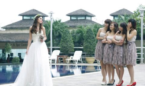 Một sự lựa chọn cho các cô dâu chọn tone màu cho ngày cưới!