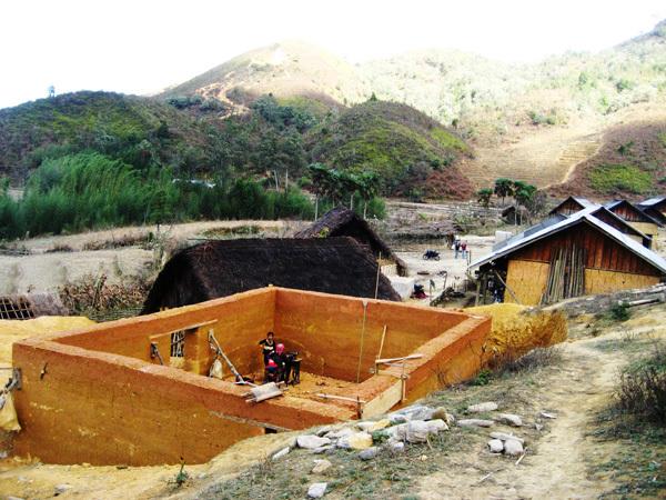 Khám phá những ngôi nhà trình tường đẹp nhất tỉnh Lào Cai.