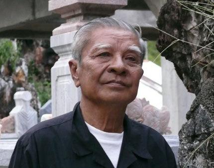 Ông Nguyễn Ngọc Ẩn người thừa kế khu lăng mộ 3000 cây vàng.