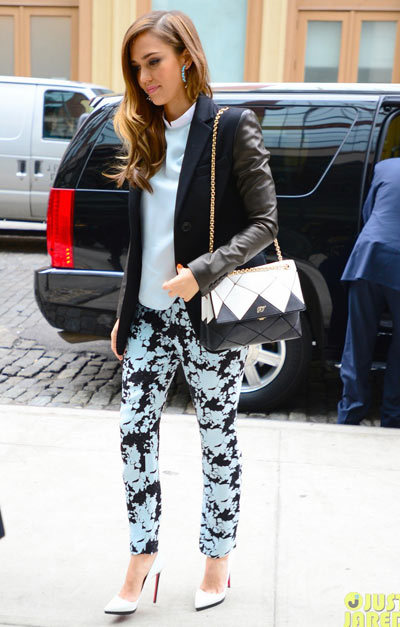 Jessica Alba wore some floral pants as she went out to promote her new book The Honest Life: Living Naturally and True to You, which hits bookshelves today! wore a Michael Kors jacket, Jenni Kayne printed pants and shirt, Christian Louboutin shoes, and carried a Roger Vivier bag.