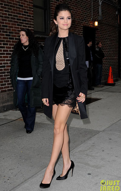 Selena Gomez is a beauty in black while heading into the Ed Sullivan Theatre for an appearance on The Late Show with David Letterman on Monday (March 18) in New York City. looked super chic in an Emilio Pucci dress, a Dolce&Gabbana jacket, and Brian Atwood shoes.