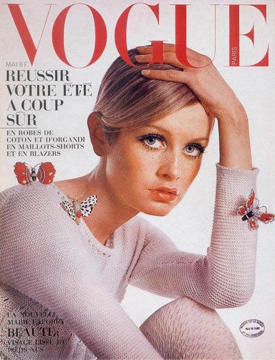 Twiggy trở thành gương mặt trang bìa của tạp chí danh tiếng Vogue tháng 5/1967.