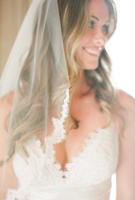 Kiểu tóc phù hợp từng địa điểm đám cưới