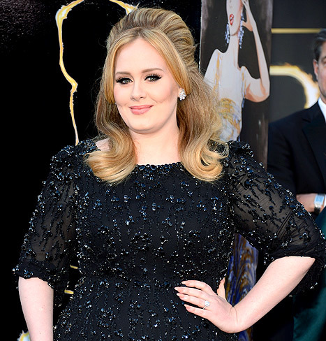 Chọn váy cưới cho ca sĩ Adele