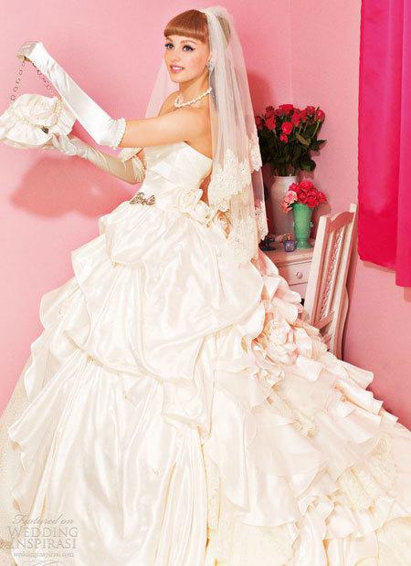 barbie-2-936707-1368282347_600x0.jpg