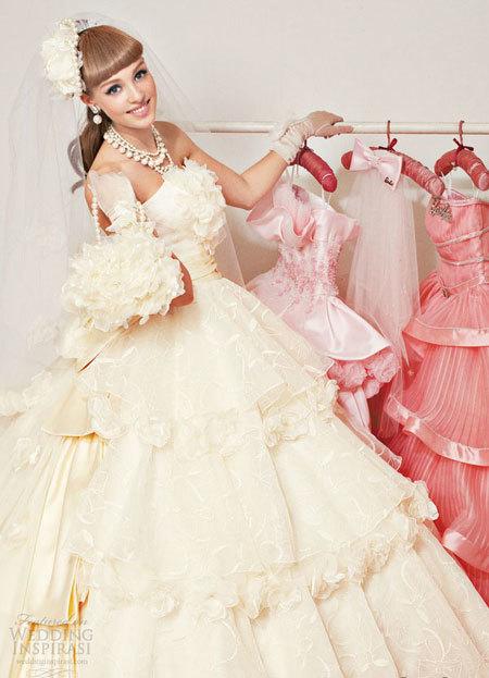 barbie-6-736156-1368282347_600x0.jpg