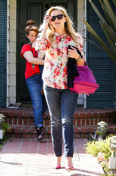 Reese Witherspoon keeps it floral while out and about on Thursday (March 14) in Brentwood, Calif.