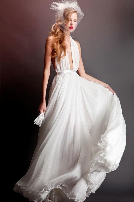 Váy chiffon mềm của Errico Maria
