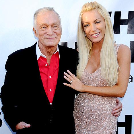 Tổng biên tập Playboy và người vợ hiện tại, Crystal Harris.