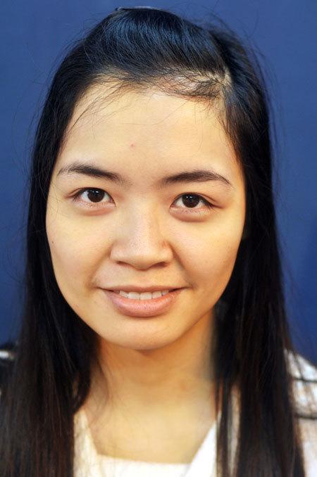 Cô dâu Phương có khuôn mặt không cân đối , lông mày dày và đậm cùng đôi mắt to, sáng.