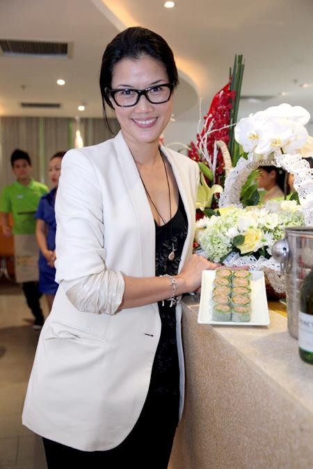 Kim Oanh đoạt ngôi Á hậu Thể thao nhưng không dấn thân vào showbiz mà tập trung vào sự nghiệp kinh doanh.