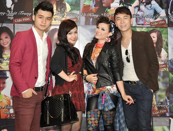 Các ca sĩ Sao Mai điểm hẹn Vũ Hà Anh, Hoàng Yến, Việt Anh.