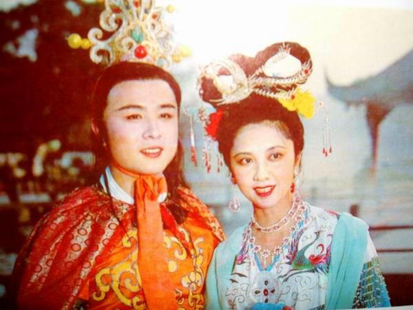 Ngoài vai Nữ vương của Tây Lương, Chu Lâm còn đảm nhận vai mẹ của Đường Tam Tạng