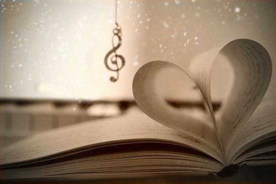 Câu chuyện tình yêu tôi là cả một cuốn nhật ký dài bao trang giấy, lưu bao kỷ niệm vui buồn, gắn bó trong suốt 4 năm qua và cả mai sau nữa