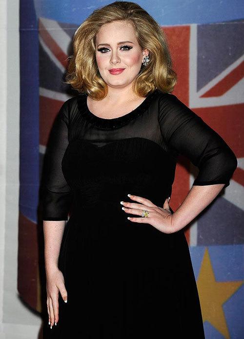 Adele đứng vị trí đầu tiên trong bảng xếp hạng Ca sĩ U30 giàu nhất nước Anh do trang web Sunday Times thống kế.