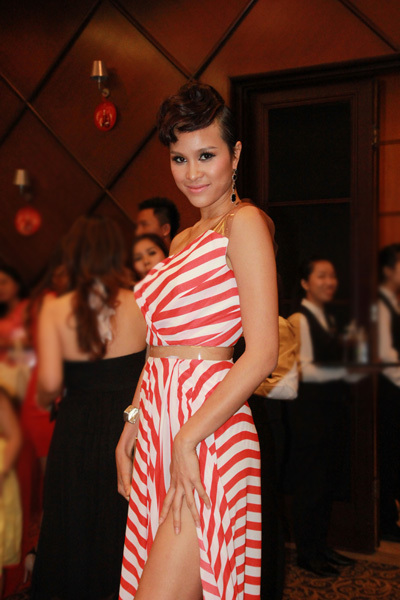 Giải vàng Siêu mẫu Việt Nam 2012 Phương Mai.