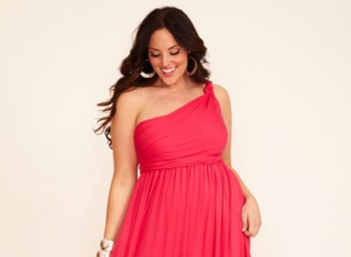 Lựa chọn trang phục phù hợp là một trong những cách hữu hiệu giúp bạn 'xóa bỏ' vòng eo to.