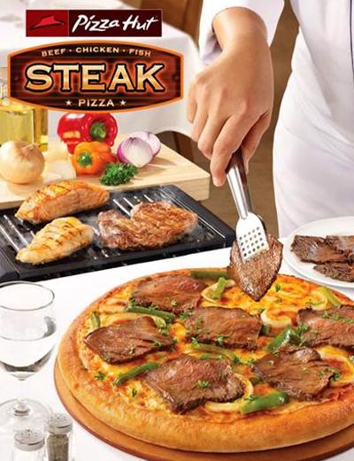 Steak Pizza Sáng tạo mới tại cửa hàng Pizza Hut với 3 vị: bò nướng, cá nướng & gà nướng