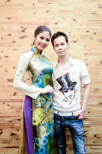 Hoa hậu Ngọc Hân trong thiết kế áo dài của Hoàng Hải.