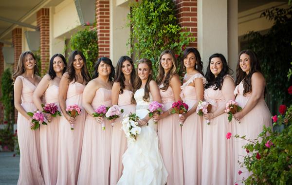 Đám cưới hồng pastel đẹp cho ngày hè