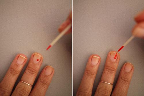 Bước 2: Từ từ nhỏ một giọt sơn vào giữa móng rồi từ đó kéo hướng ra ngoài tạo thành một dòng giảm dần.