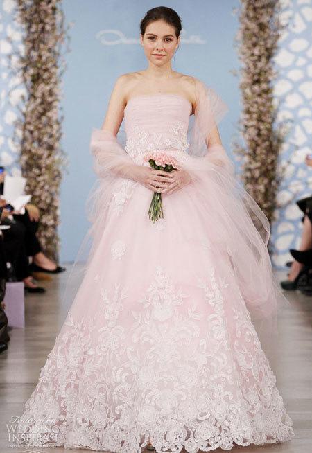 Váy cưới cổ tích của Oscar de la Renta