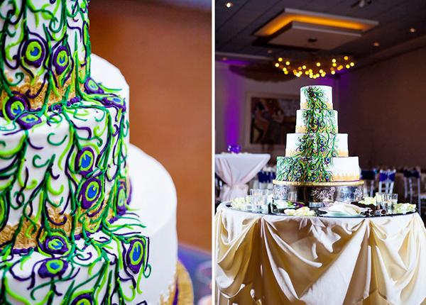 Bánh cưới cũng được trang trí với họa tiết như chiếc đuôi công lộng lẫy.